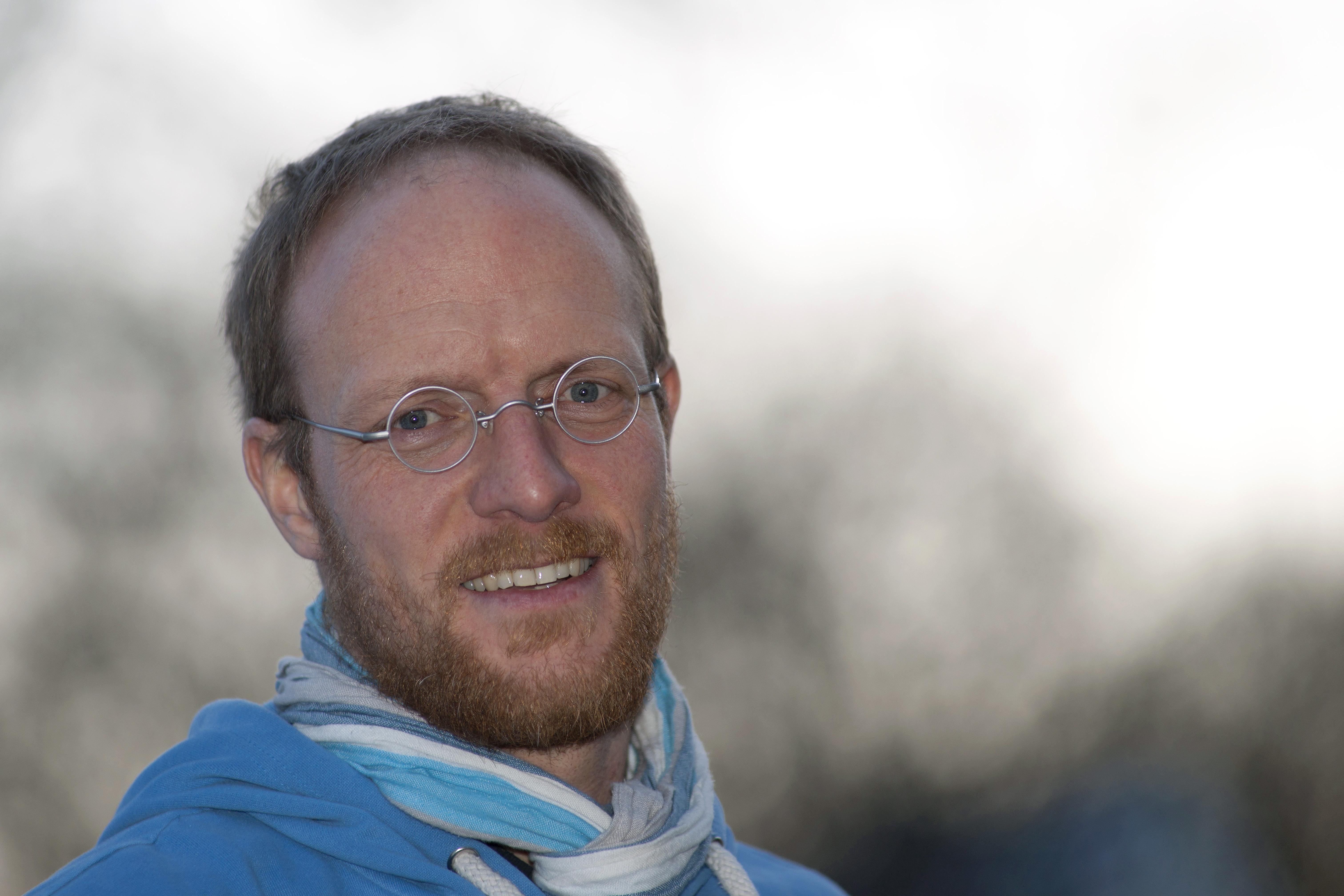 <b>Stefan Schorr</b>, Jahrgang 1974, arbeitet als freier Journalist und Fotograf ... - STS_20130312_Stefan11