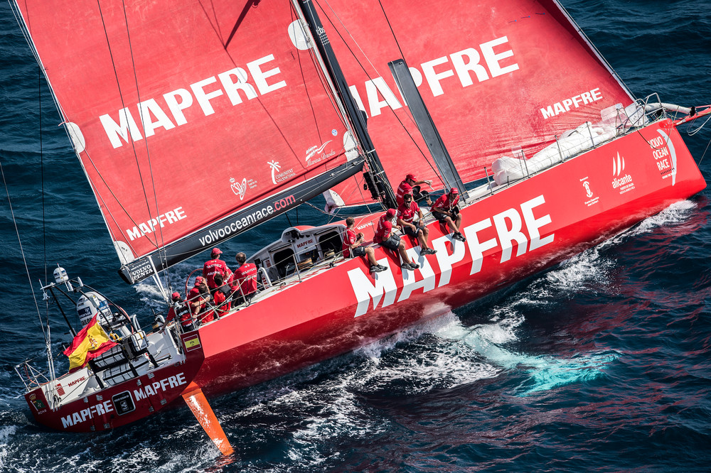 October 4, 2014. Aerial view of MAPFRE during the In-Port Race in Alicante.