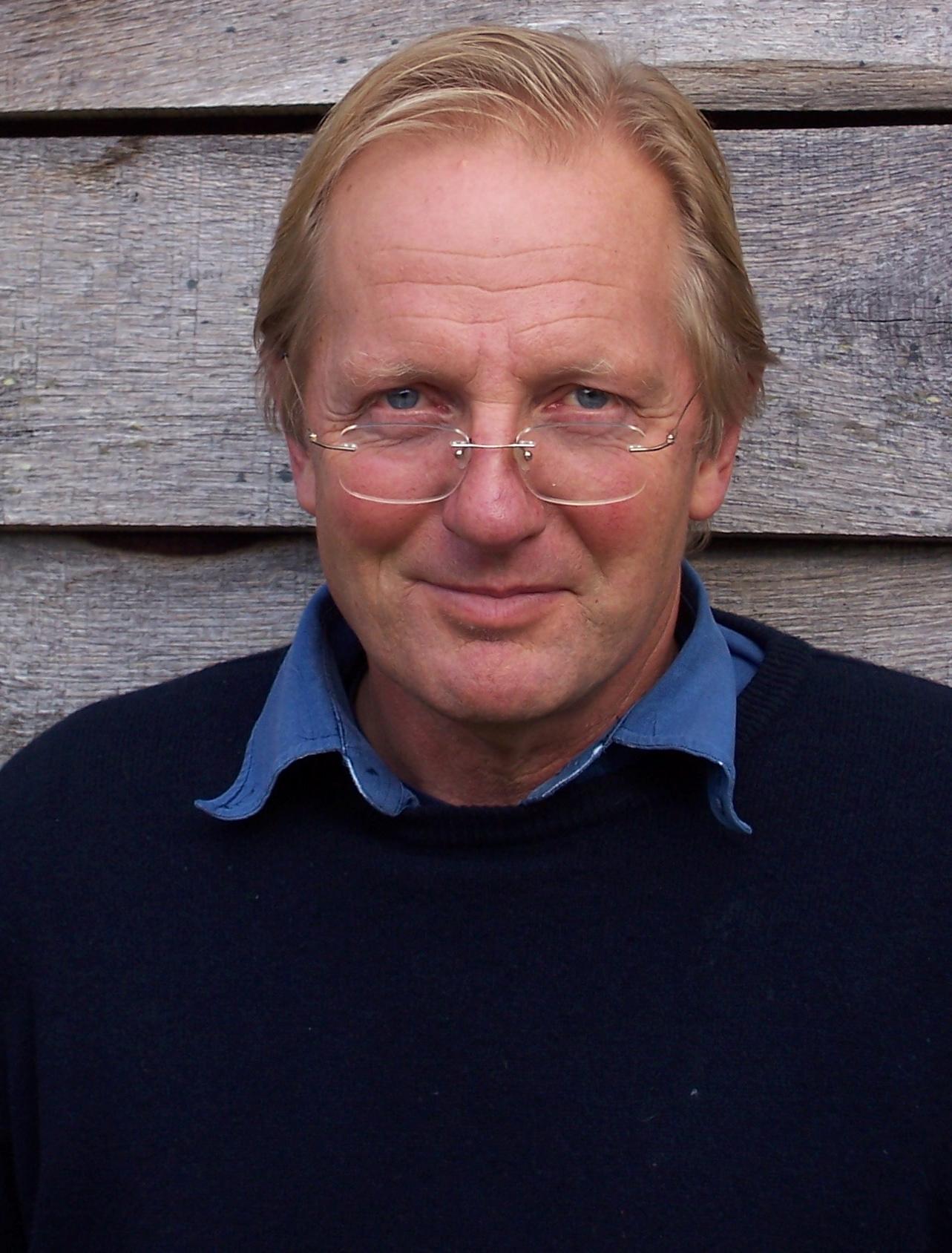 Sam Llewellyn