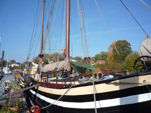 Beste Hafenrestaurants: Teufelsbrück in Hamburg - Literaturboot - Blog