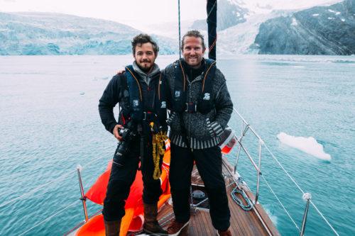 Cold Waters - Das Buch - Literaturboot - Buchkritiken, Abenteuer & Fernweh