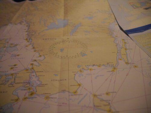 Gute Karten haben: Seekarten verschiedener Verlage - Literaturboot - Blog